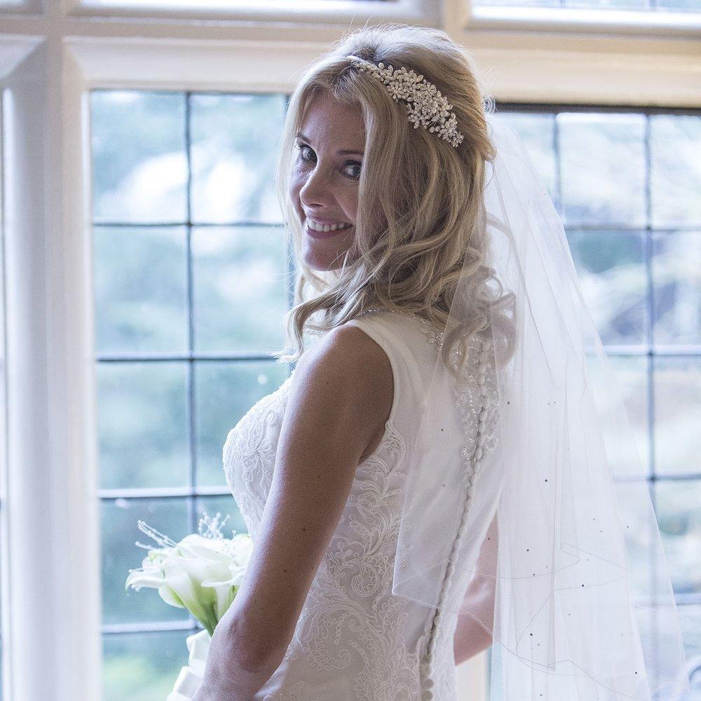 elizabethg_photography_hertfordshire_fineart_photographer_wedding_photography_sandra_lee_hanbury_manor_ware_09.jpg