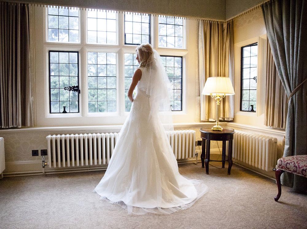 elizabethg_photography_hertfordshire_fineart_photographer_wedding_photography_sandra_lee_hanbury_manor_ware_13.jpg