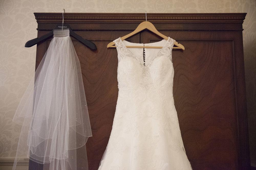elizabethg_photography_hertfordshire_fineart_photographer_wedding_photography_sandra_lee_hanbury_manor_ware_05.jpg