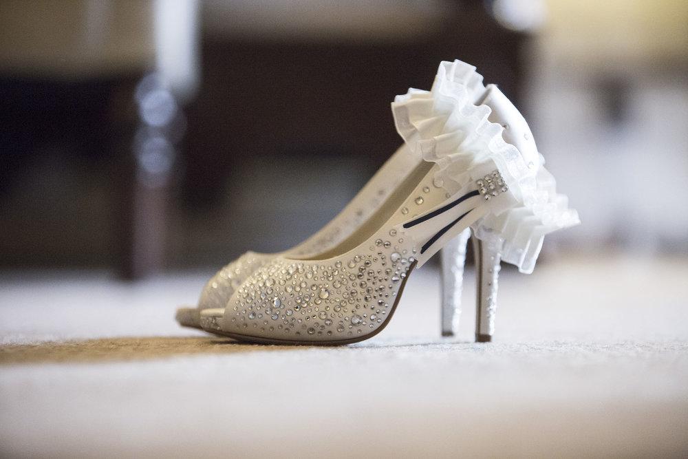 elizabethg_photography_hertfordshire_fineart_photographer_wedding_photography_sandra_lee_hanbury_manor_ware_02.jpg