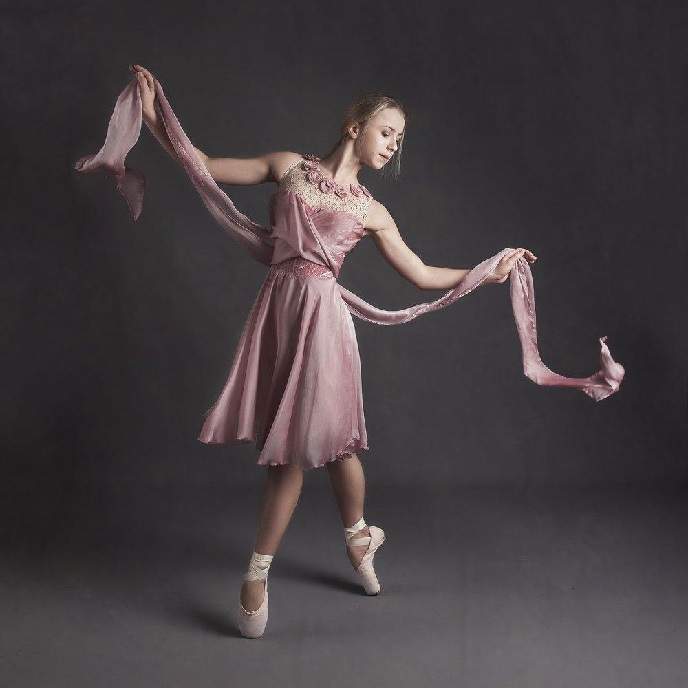 elizabethgphotography_kingslangley_hertfordshire_fineart_dance_photography_05.jpg
