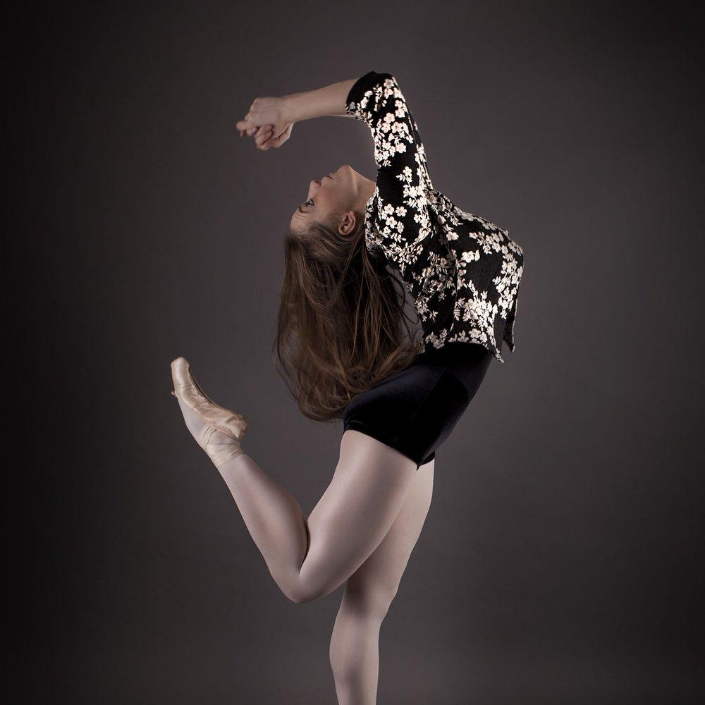 elizabethgphotography_kingslangley_hertfordshire_fineart_dance_photography_19.jpg