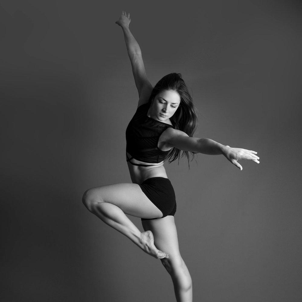 elizabethgphotography_kingslangley_hertfordshire_fineart_dance_photography_22.jpg