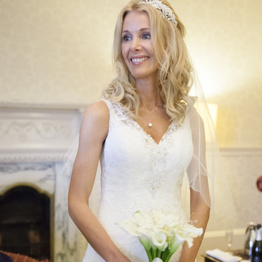 elizabethg_photography_hertfordshire_fineart_photographer_wedding_photography_sandra_lee_hanbury_manor_ware_14.jpg