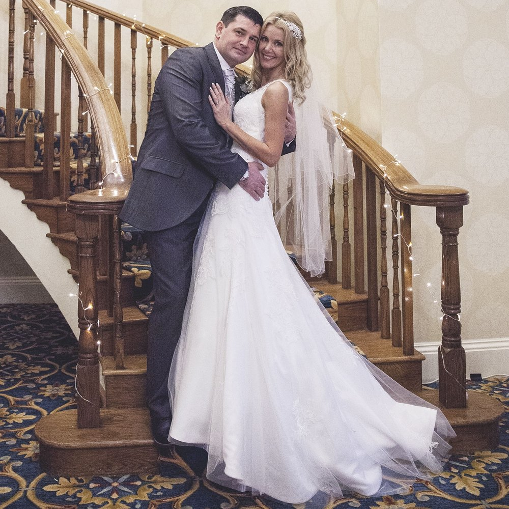 elizabethg_photography_hertfordshire_fineart_photographer_wedding_photography_sandra_lee_hanbury_manor_ware_27.jpg