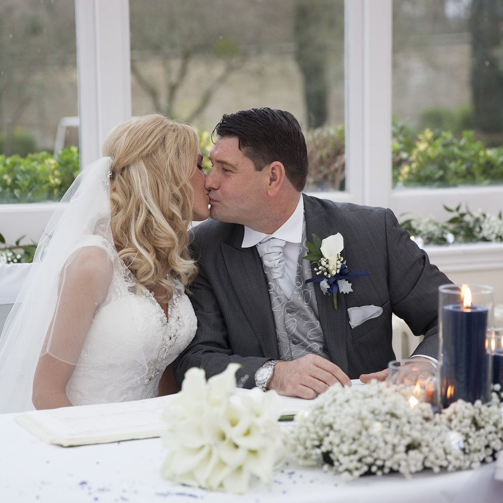 elizabethg_photography_hertfordshire_fineart_photographer_wedding_photography_sandra_lee_hanbury_manor_ware_23.jpg