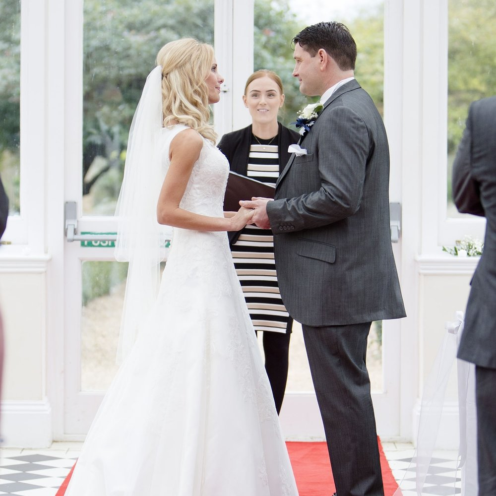 elizabethg_photography_hertfordshire_fineart_photographer_wedding_photography_sandra_lee_hanbury_manor_ware_20.jpg