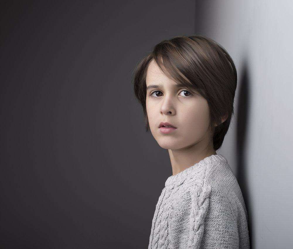 elizabethgphotography_childrens_fineart_kingslangley_hertfordshire_model_Levi_spence2.jpg