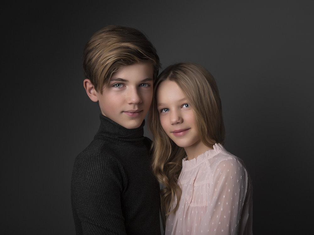 elizabethgphotography_childrens_fineart_kingslangley_hertfordshire_family_photographer_oscar_isabella_1a.jpg