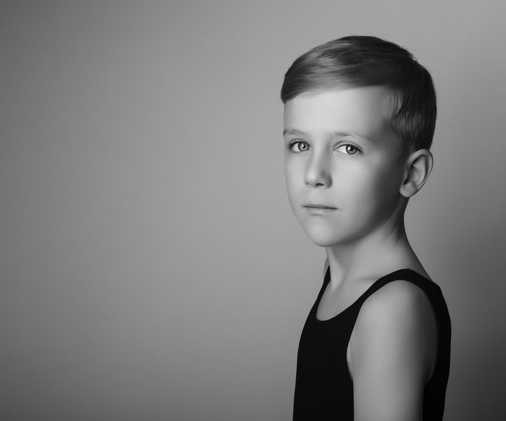 elizabethgphotography_childrens_fineart_kingslangley_hertfordshire_model_actor_updates_teddy_hawkins_3a.jpg