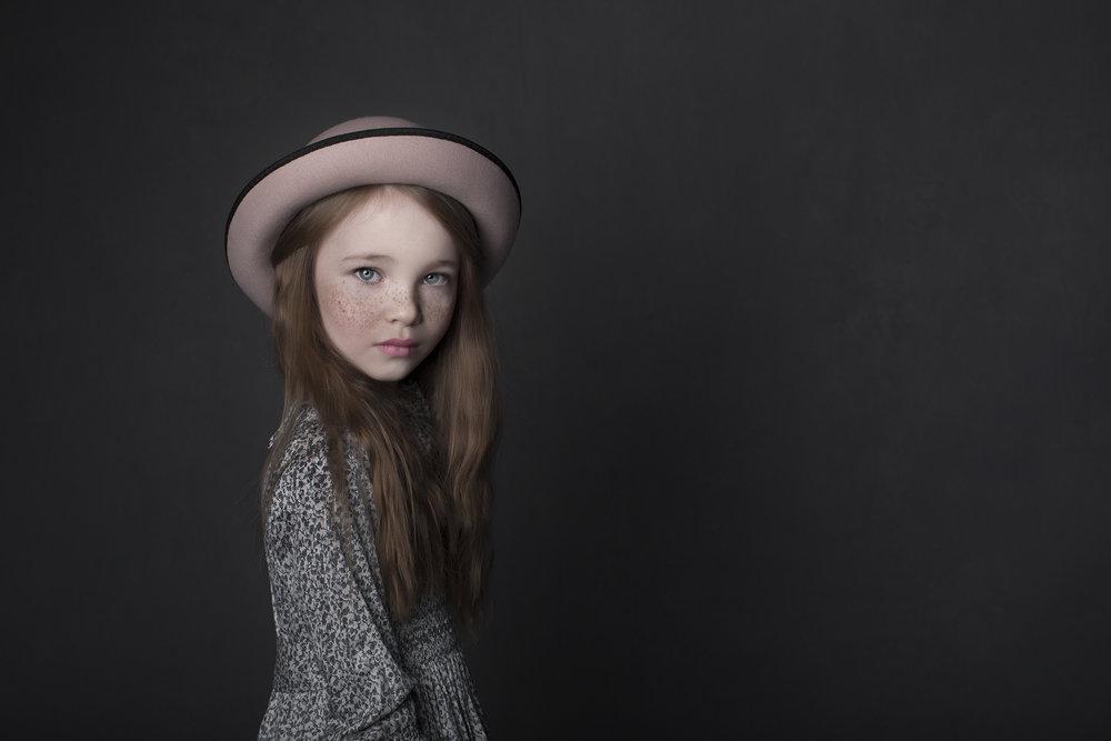 elizabethgphotography_childrens_fineart_kingslangley_hertfordshire_model_actor_updates_daisy2_kids_london.jpg