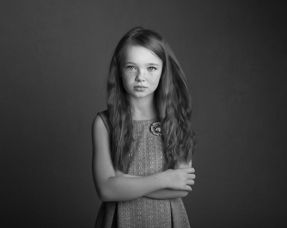 elizabethgphotography_childrens_fineart_kingslangley_hertfordshire_model_actor_updates_daisy5_kids_london.jpg
