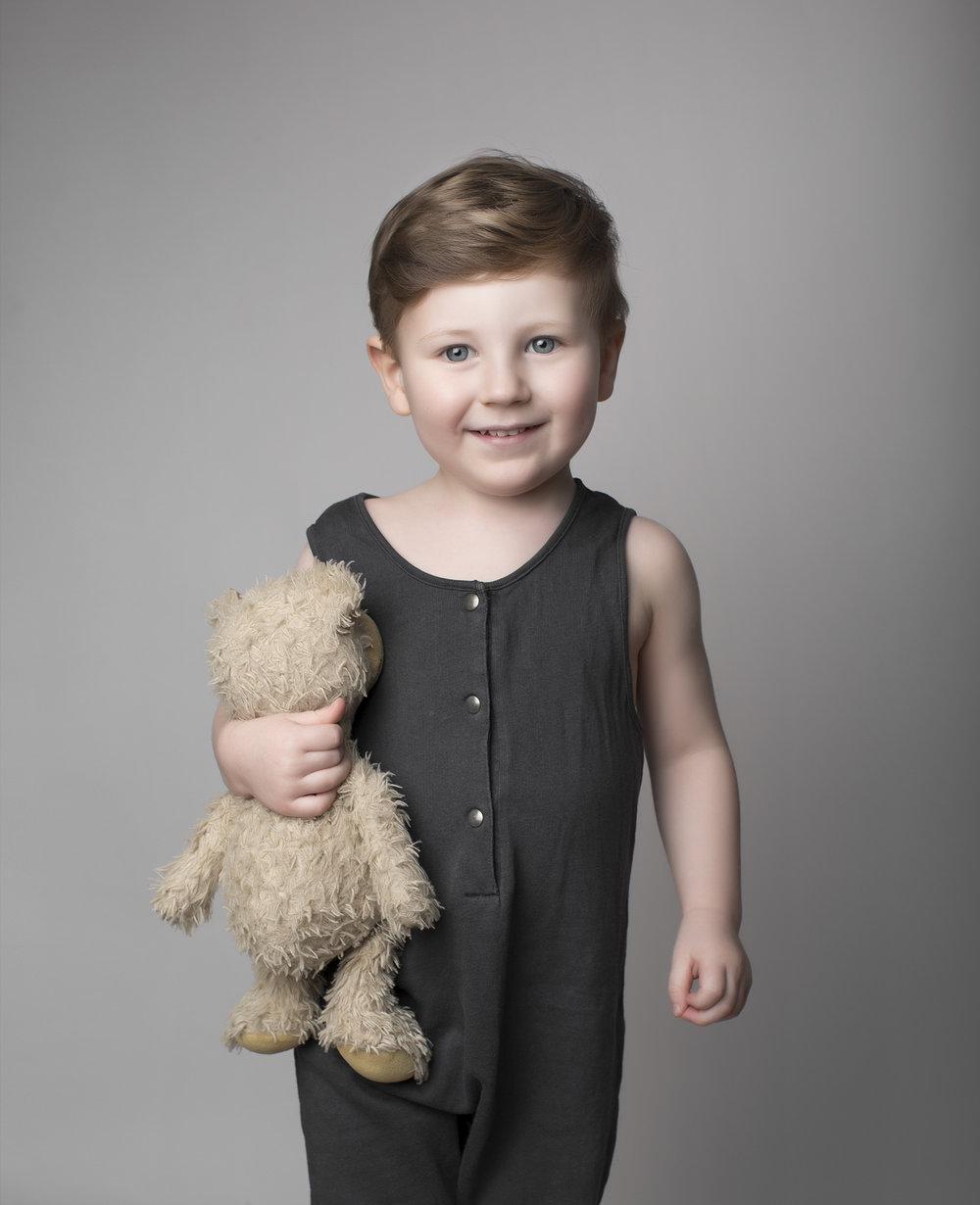 elizabethg_photography_hertfordshire_fineart_child_portrait_model_tommy2.jpg