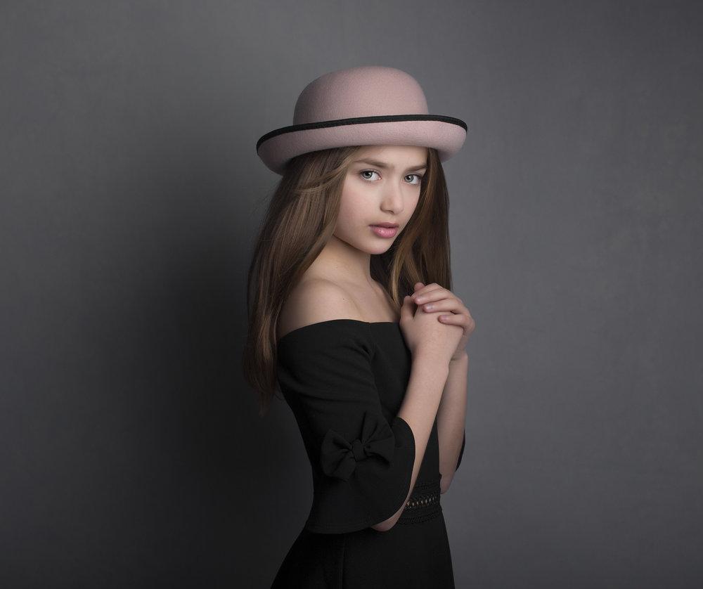 elizabethgphotography_fineart_kingslangley_hertfordshire_model_Lucia_03.jpg