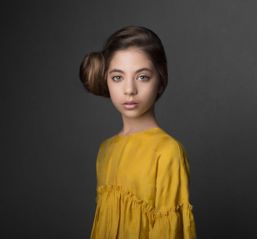 elizabethgphotography_fineart_kingslangley_hertfordshire_child_model_dancer_elysia_4.jpg
