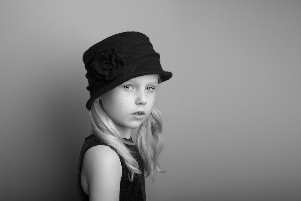elizabethgphotography_fineart_kingslangley_hertfordshire_child_model_daisy-b_5.jpg