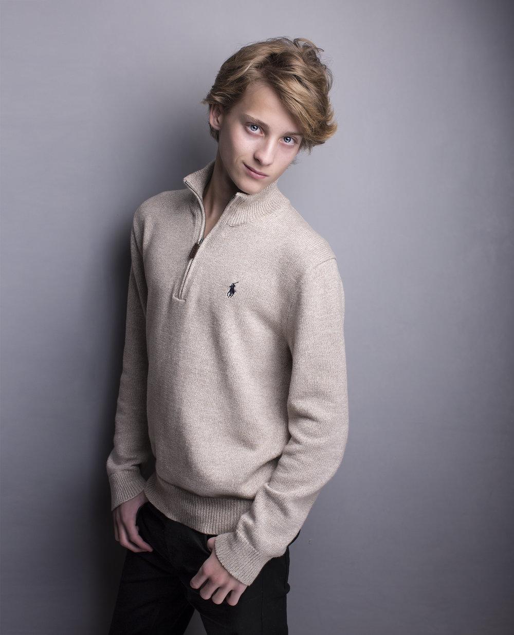 Elizabethg_fineart_photography_kingslangley_hertfordshire_kidslondon_model_familyportrait_male_fashion_maxmillion_3.jpg