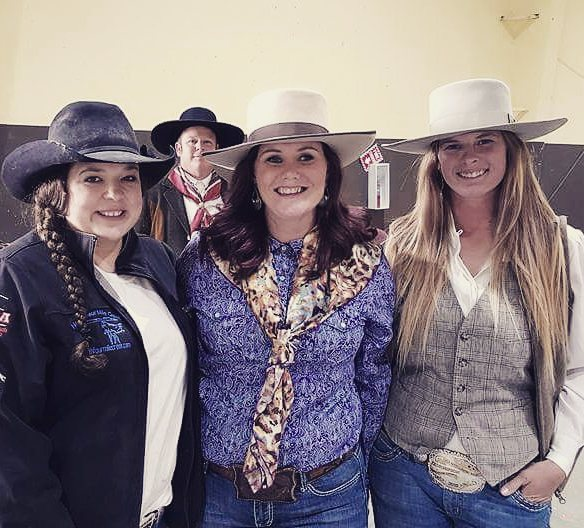 L to R: Tiffany Schwenke, Jessica Hedges and Brittany Miller at the WSRRA Finals, Winnemucca, NV 2016.
