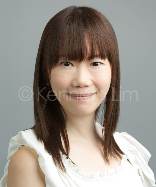 corporate headshot hong kong hedge fund asian woman straight hair