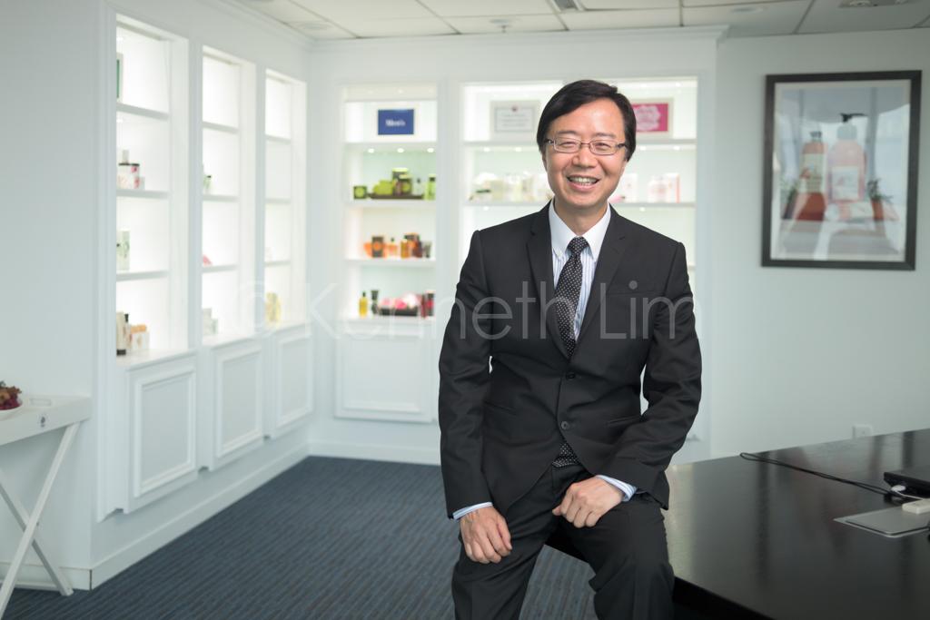hong-kong-editorial-photographer-on-location_001