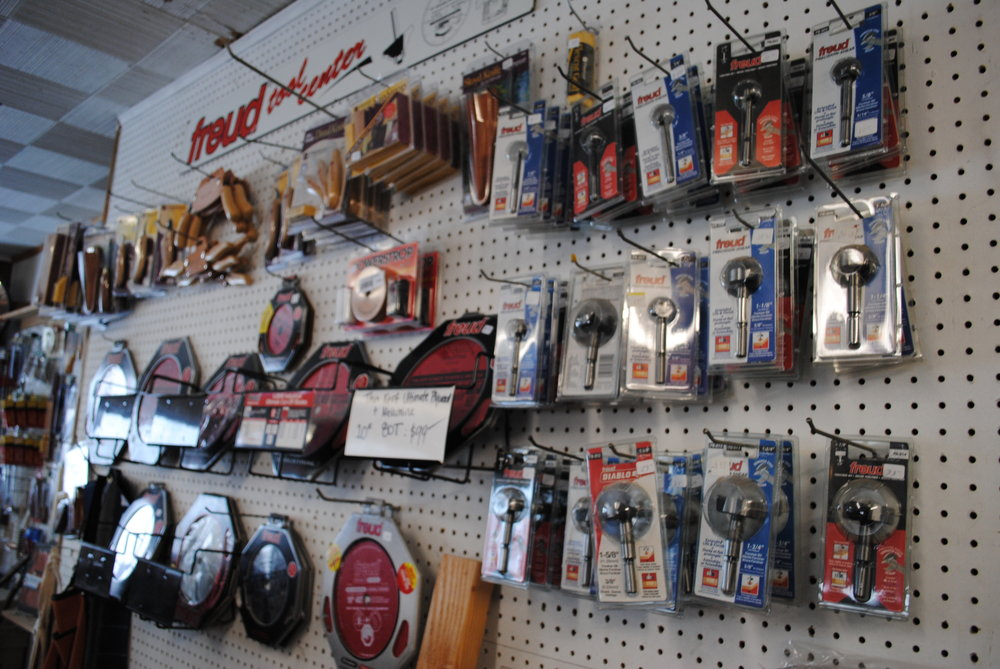 saw blades & router bits