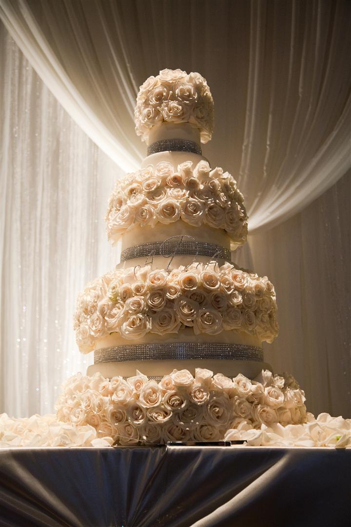 angelas wedding cake.jpg