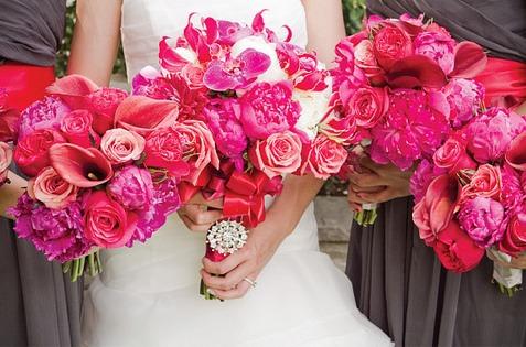 christine and dereks bouquets.jpg