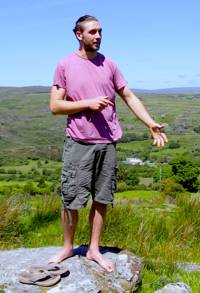 David Jackson  is a poet who uses the spoken word to expand the listeners awareness and embody more dimensions of experience into our life. Strong themes of nature and consciousness are expressed in his work with a rhythmical flowing style. David performs live at the Oratory in Gougaunne on May 12th 2018 celebrating the journey of the 'deoch an Laoi'.