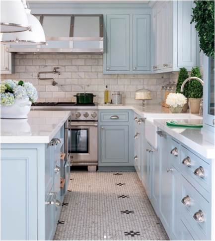 Kitchen designed by  Tobi Fairley  via  Traditional Home  magazine