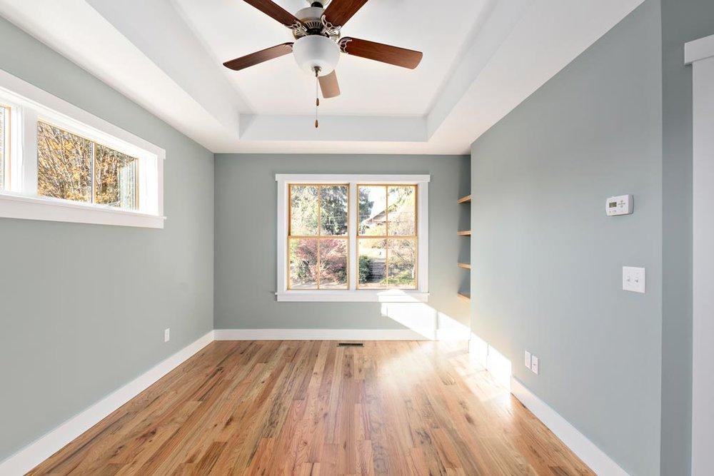Master-Bedroom-Tray-Ceiling.jpg