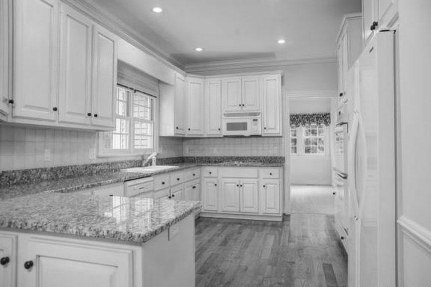 Kitchen-2-bw.jpg