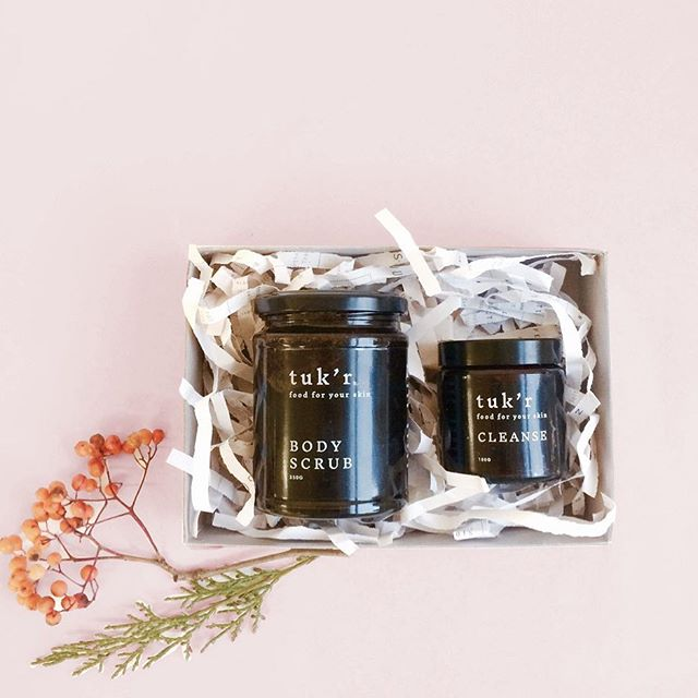 You can order a little Xmas box with scrub & cleanser through the TROVE website. Check out the link above 🔝