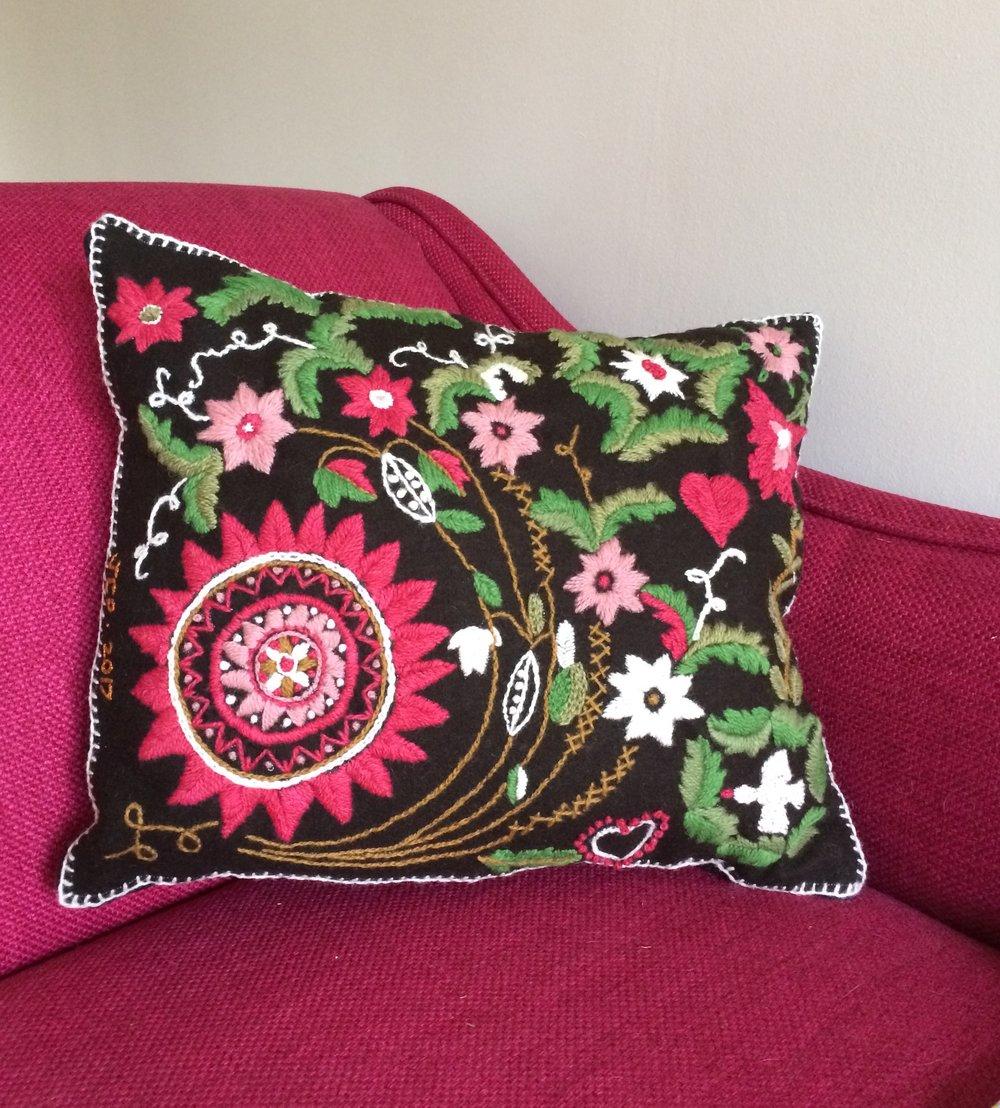 Swedish Cushion 1.JPG