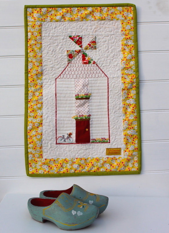 Mini Windmill Quilt.JPG