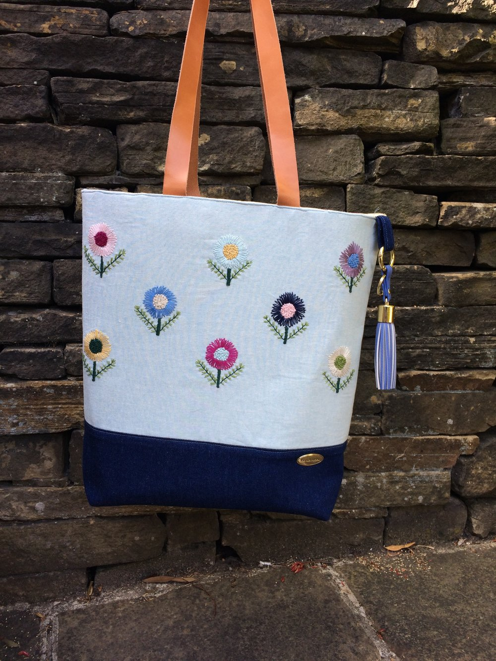 Lollipop flower tote bag finished.JPG