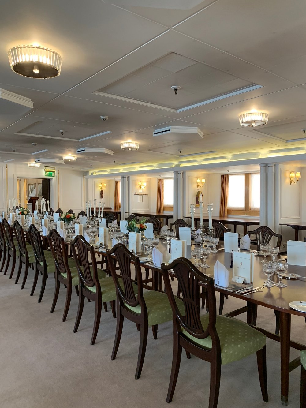 The dining room which hosted many famous guests including Churchill, Mandela, Sinatra and Clinton