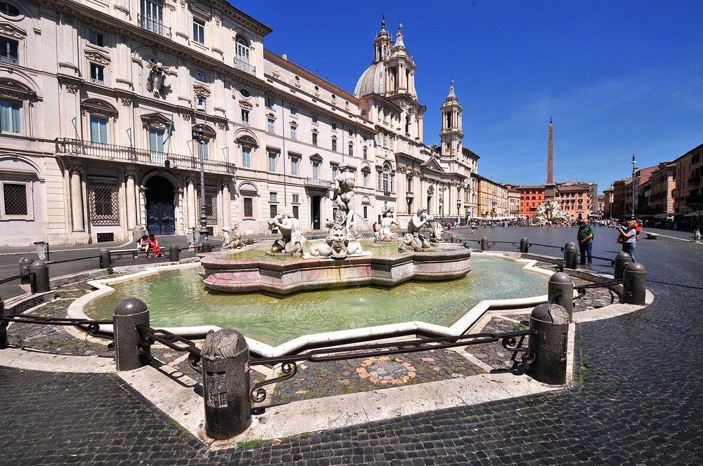 Piazza Navona Foto Kjell Helle-Olsen (2).jpg