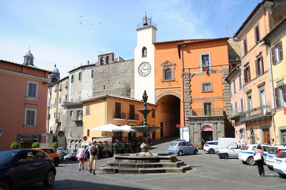 Montefiascone, der vandring mot Roma starter