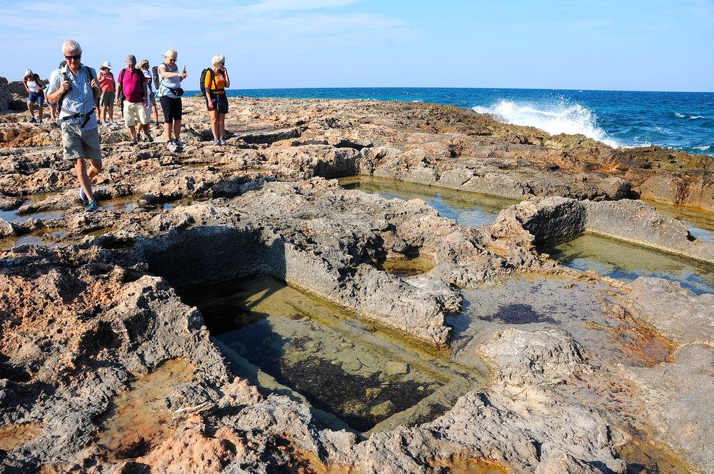Vandring langs Adriaterhavet - romerske graver  Foto Kjell Helle-Olsen (1).JPG