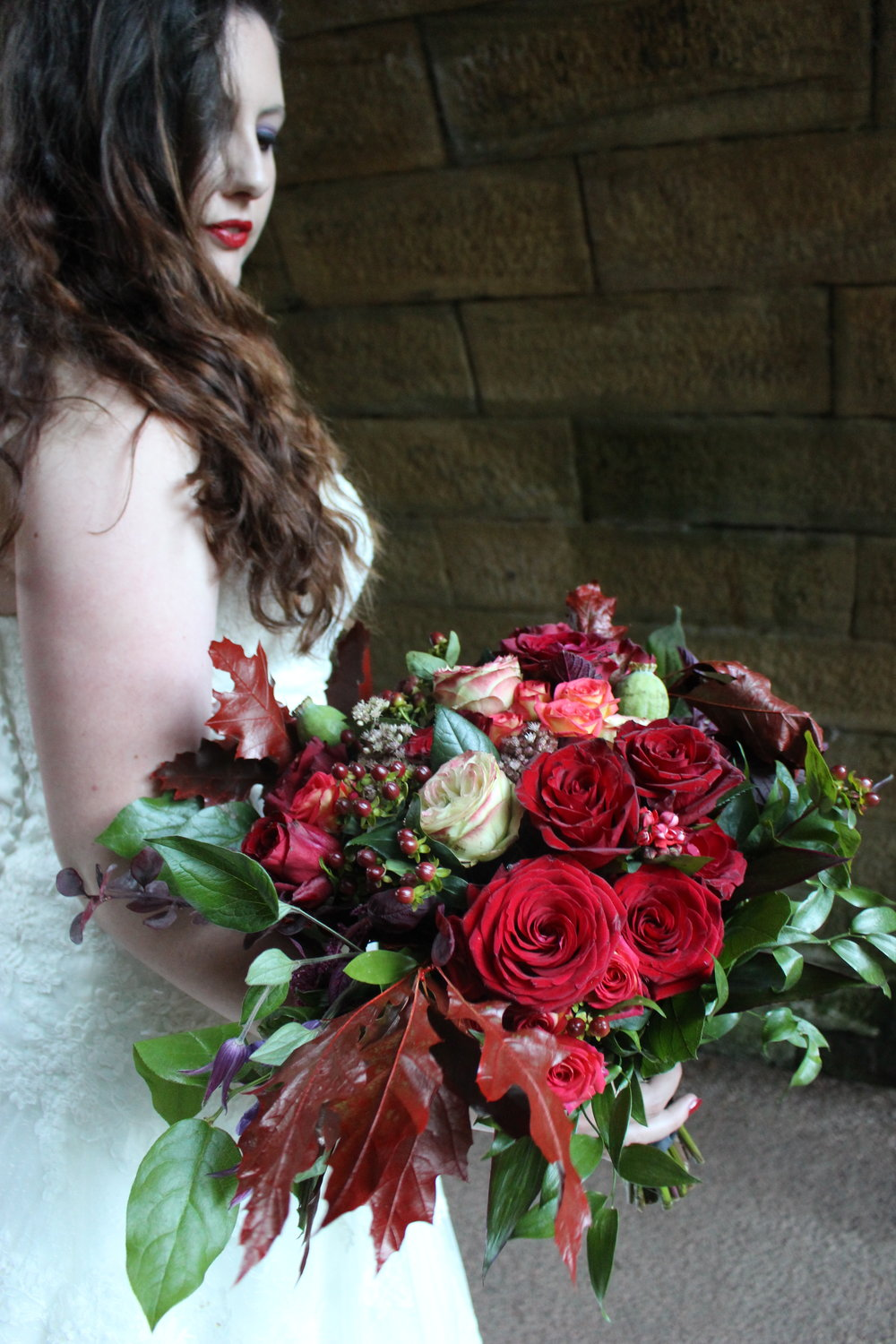 Jesmond dene really suited this bride's look for the day