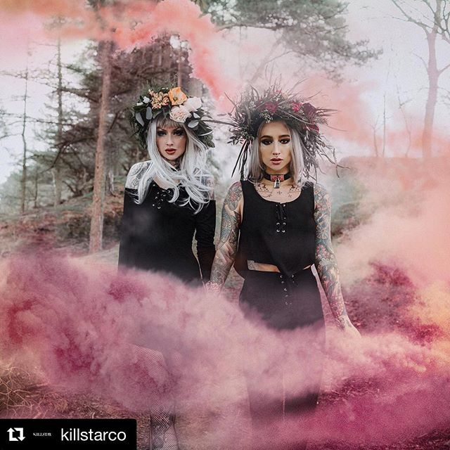 #Repost @killstarco with @get_repost ・・・ TONS Of New Summer Arrivals - Make Sure To Check Em Out Now! | Shop link in bio. We Ship Worldwide! 🌙⠀ Check out these fab images from @killstarco featuring some beeeyooouuuuuutiful floral crowns by us 😍 @shellydinferno @charlottemoran 🙌🏻 💀 🌹 🌲 🖤