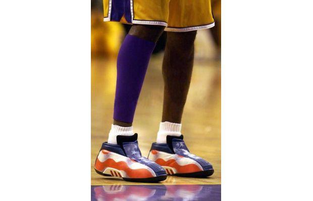 Adidas-Kobe-Two-American-Flag-Game.jpg