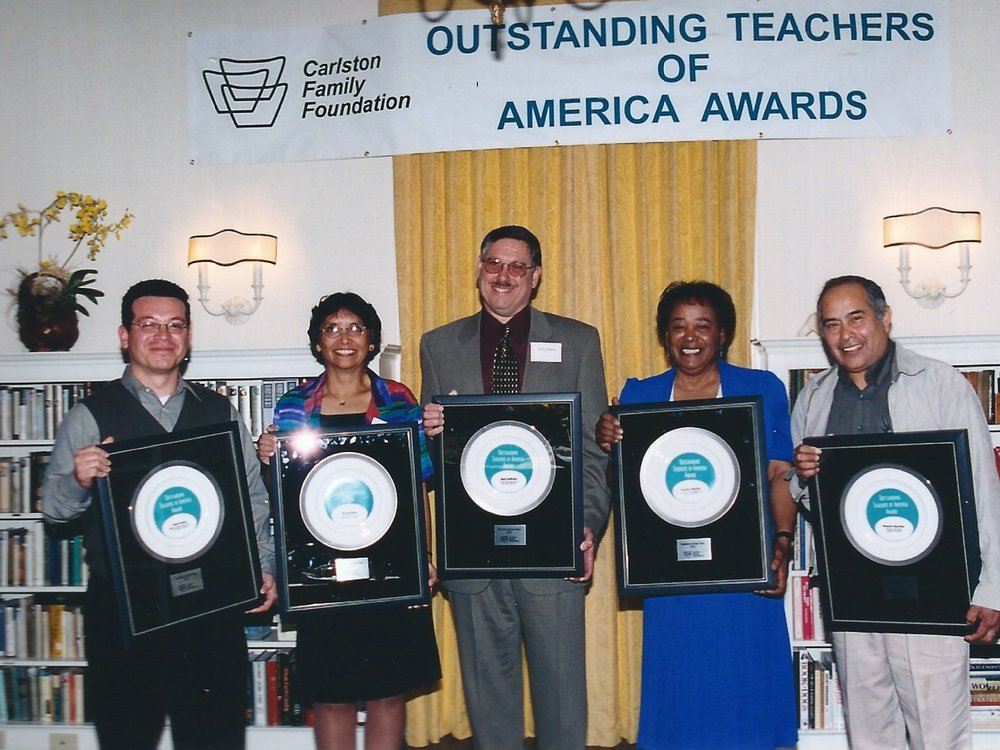 Honorees 2002.jpg