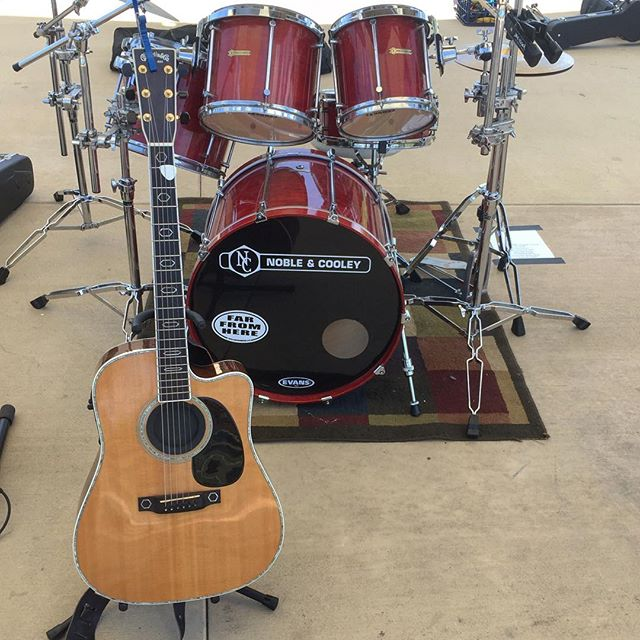 Fun outdoor show today #ct #connecticut #outsidereality #rockband #ctbands #band #martinguitar #nobleandcooley #guitar #togetherinstyle