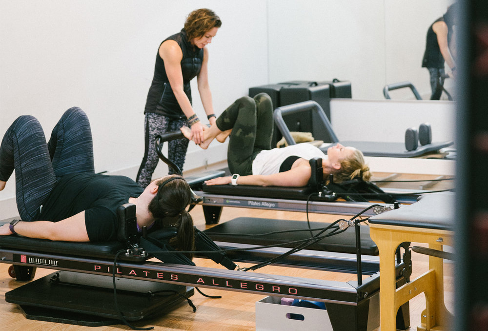 VillageGym_Classes_0000_reformer pilates dinee.jpg