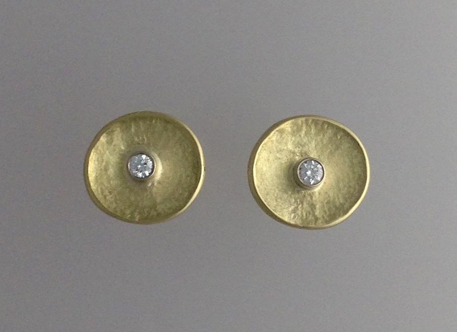 18kt yellow gold, diamond