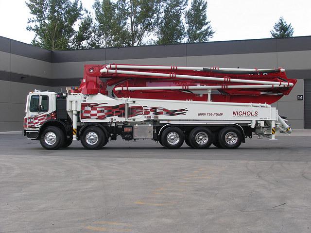 50m-side truck_a.jpg