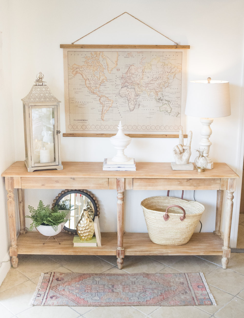 HOW TO STYLE AN ENTRY TABLE-2.jpg