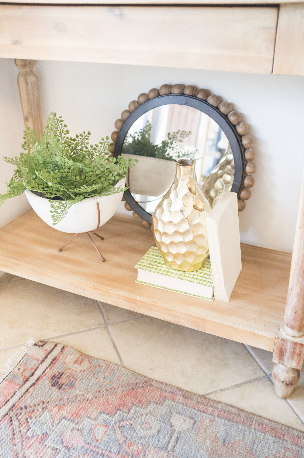 HOW TO STYLE AN ENTRY TABLE-3.jpg