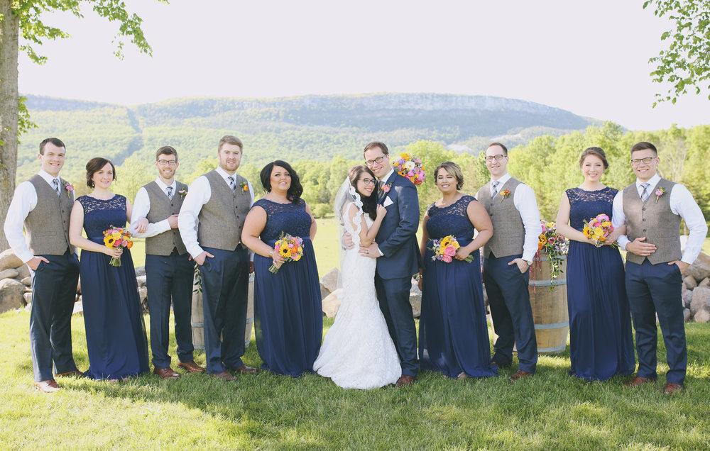 Bridesmaids_Groomsmen_Bride_Groom.jpg